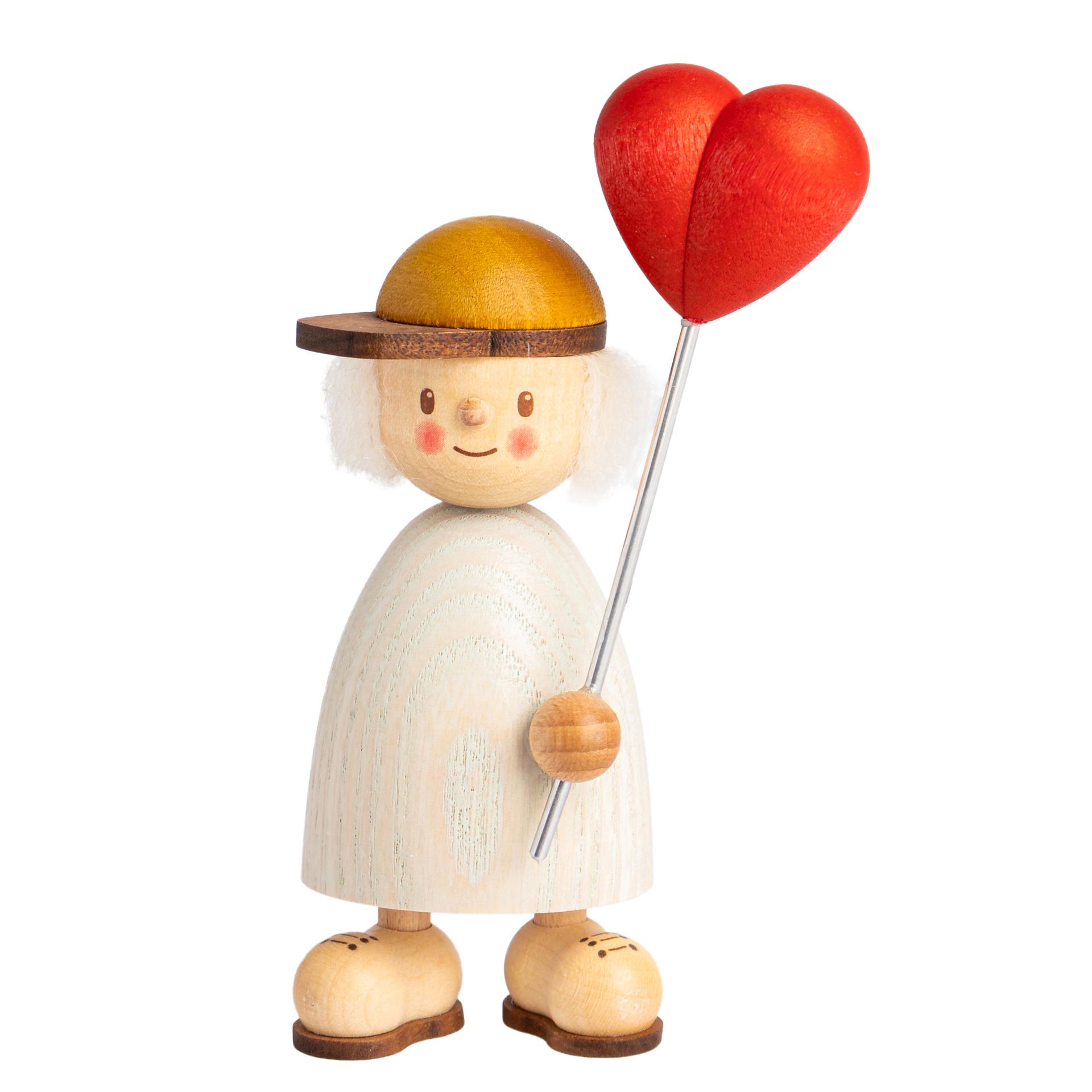 Finn mit Herzballon
